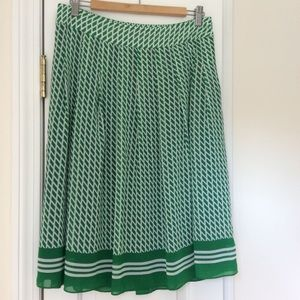 Talbots Kelly Green/White Pattern Pleated Skirt